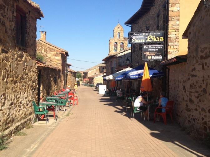 Hoofdstraat in Santa Catalina de Somoza