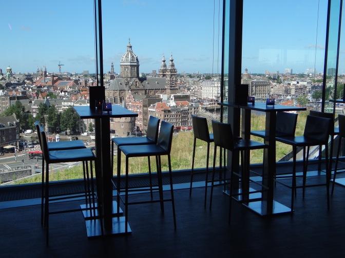 Uitzicht vanuit Sky Lounge van Double Tree by Hilton