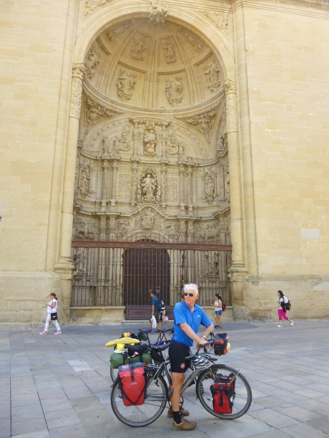 Voor de kathedraal van Logroño